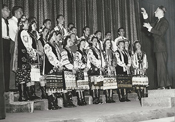 1941, September 1. DA. Detroit, Michigan. Ukrainian Youth Chorus Trembita with Stephen Lucky directing (Front)